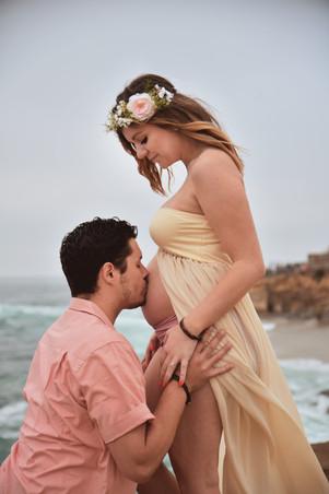 Aub & Corey Maternity (5).jpg