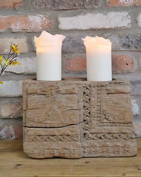 pillar base candle holder 23cm.png