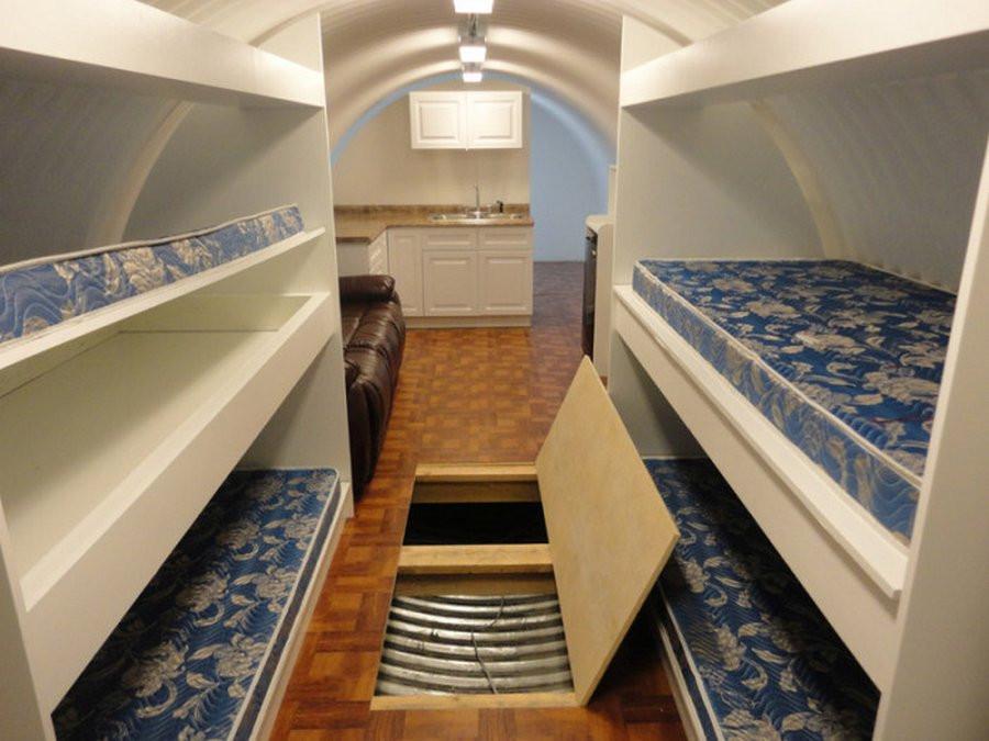Бункер труба имеет достаточно пространства, чтобы разместить двух ярусные кровати