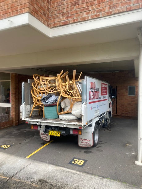 Strata rubbish and junk removal and recycling