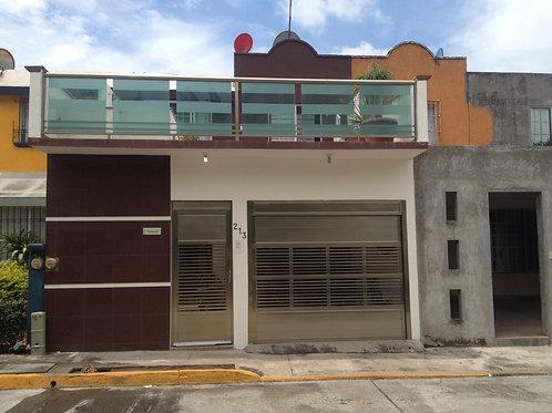 Casa en Venta - Casas Diaz, Fracc. Siglo XXI - Veracruz