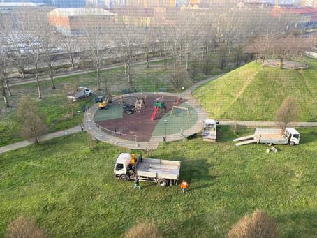Aggiornamento: parco giochi V. Rosselli e pavimentazione