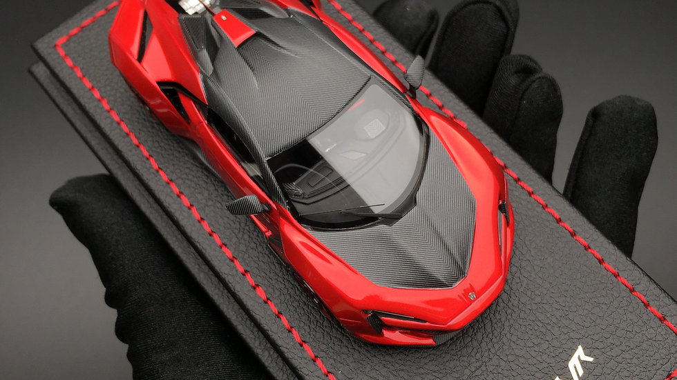 1:43 W Motors Fenyr SuperSport