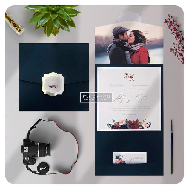 NAVY BURGUNDY FOTO - STUDIO INVITES.jpg