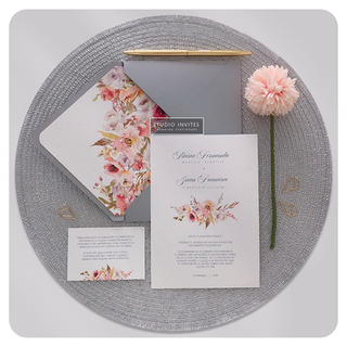 CORAL INVITATION - STUDIO INVITES.png