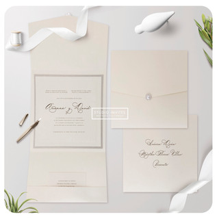 TRIFOLD WITH RHINESTONE - STUDIO INVITES
