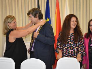 """El tradicional """"cambio de collares"""" sella la presidencia de Eduardo García"""