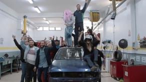 El Almina se gradúa con un sorprendente vídeo de Qreativos