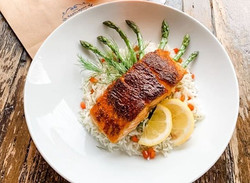 m-blackened%20salmon%20%26%20asparagus_e