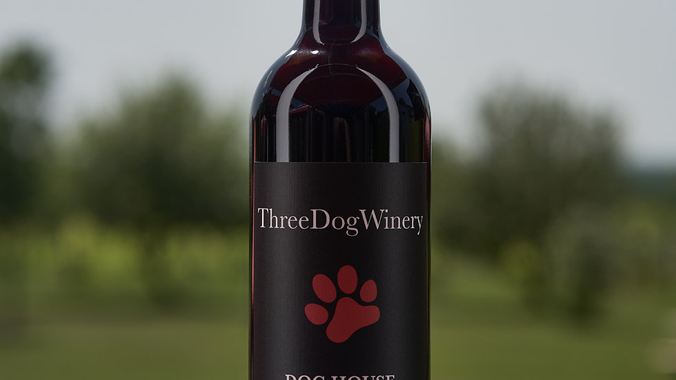 2018 Dog House Red