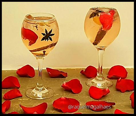 Chá afrodisíaco para brindar o amor