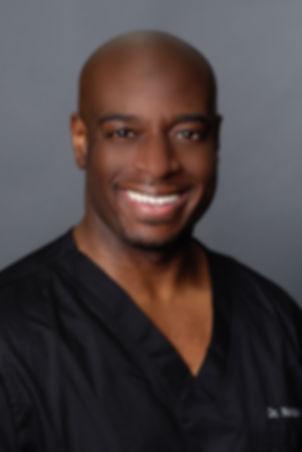 Dr. Isaac NeequayeDPM