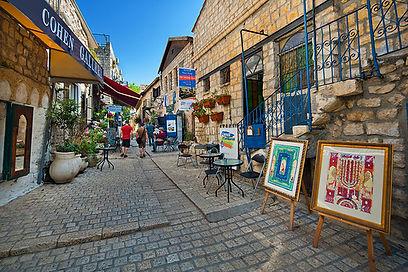 Safed_01.jpg