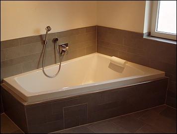 09_bath.jpg