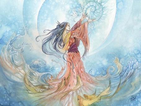Откуда берется женская сила, пути истинного и ложного ее поиска