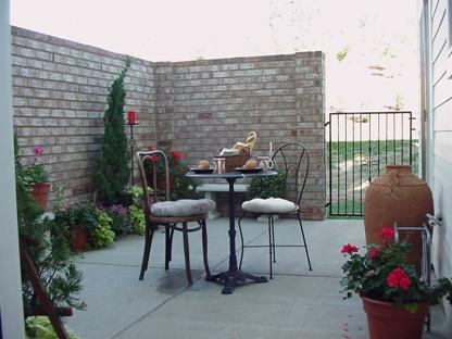 courtyard 201.JPG