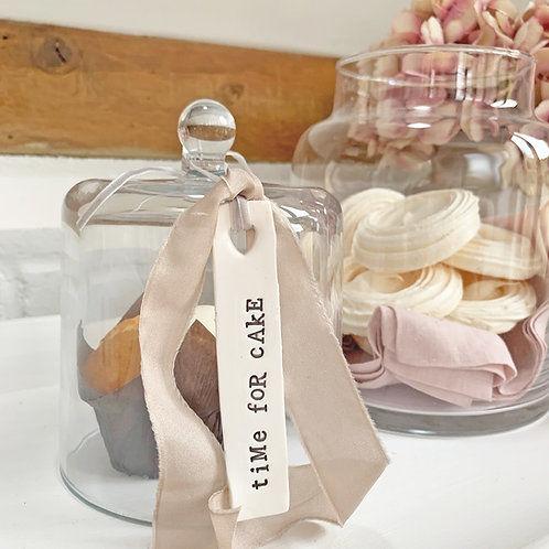 Ceramic hanging decoration - Time for cake