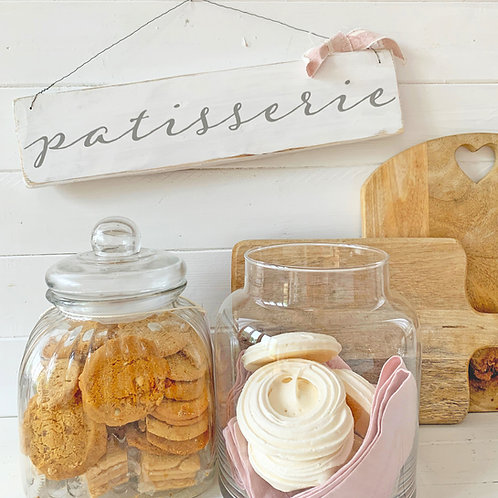 Patisserie kitchen sign - country kitchen style
