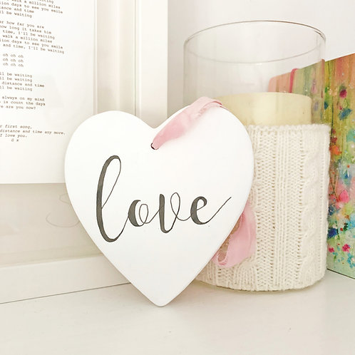 Home accessory - hand painted ceramic heart | Home