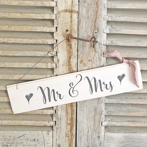 Hand painted wood wedding sign (large) - Mr & Mrs