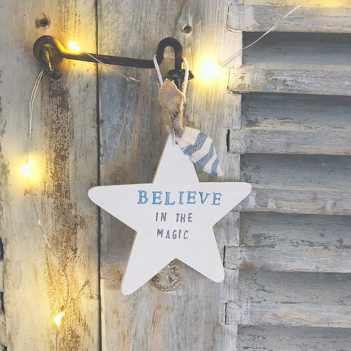 Hanging Star wood sign (Christmas decoration)