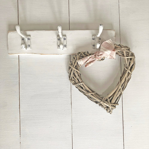 Pretty wall hook rack - vintage style French hooks
