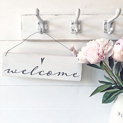 RSN100001_Welcome sign.jpg