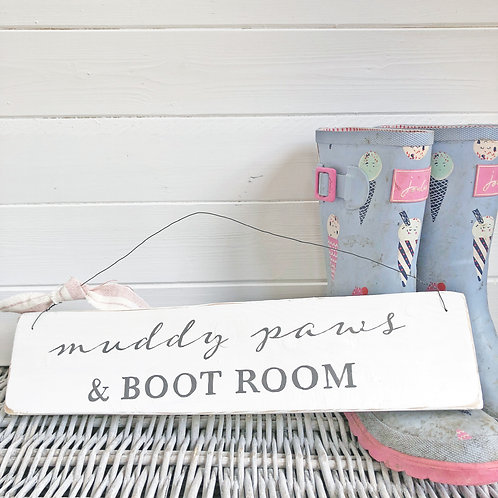Home accessory - Muddy paws & boot room hanging sign