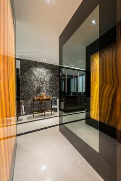 Master Bath Foyer 02