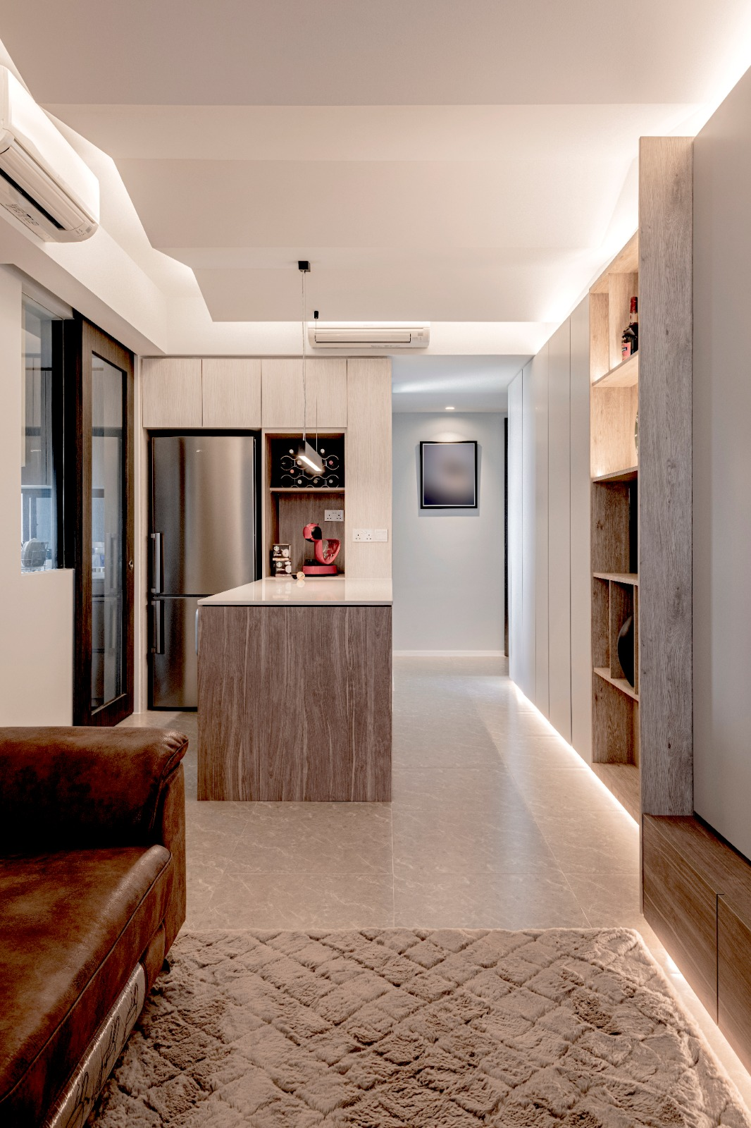 06 Dining + Foyer