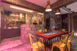 23 Dining to Kitchen