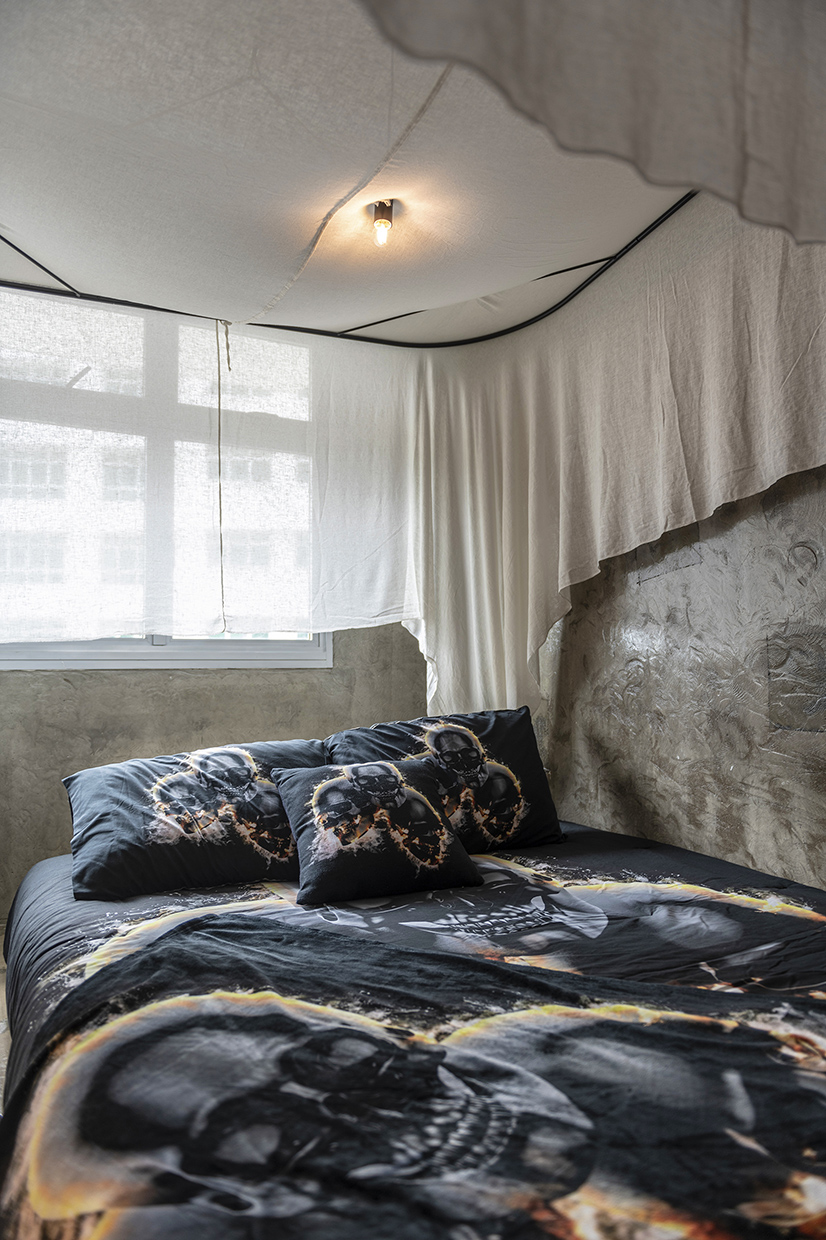 60 Master Bed