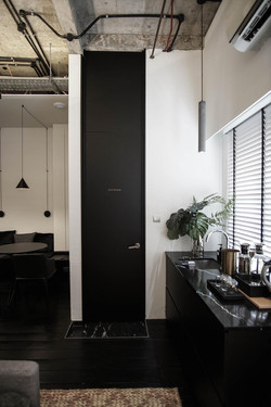 Pantry to Restroom 1