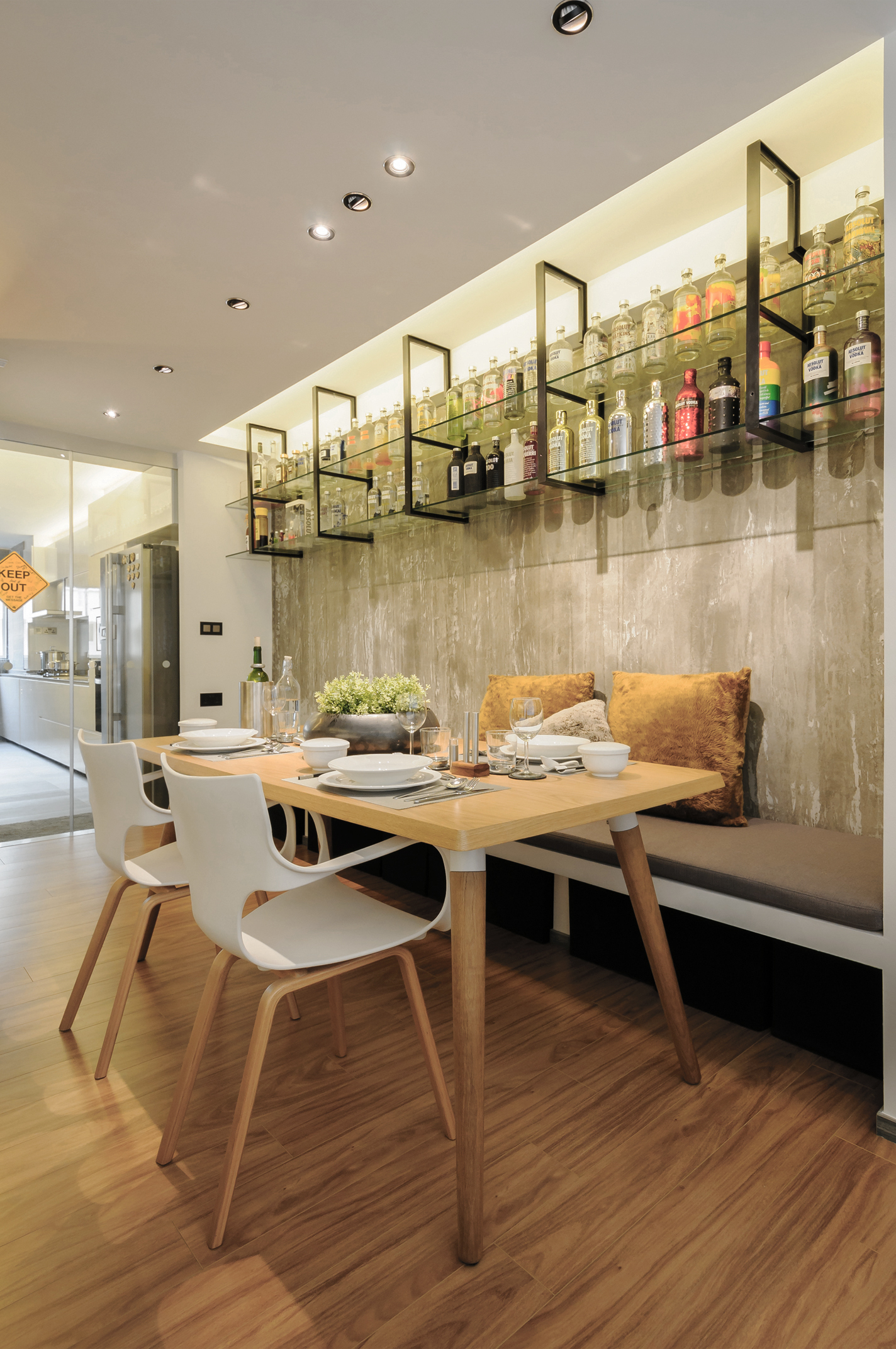 3 Dining Area