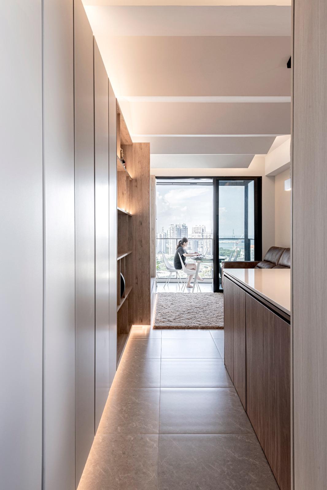 03 Foyer +Living