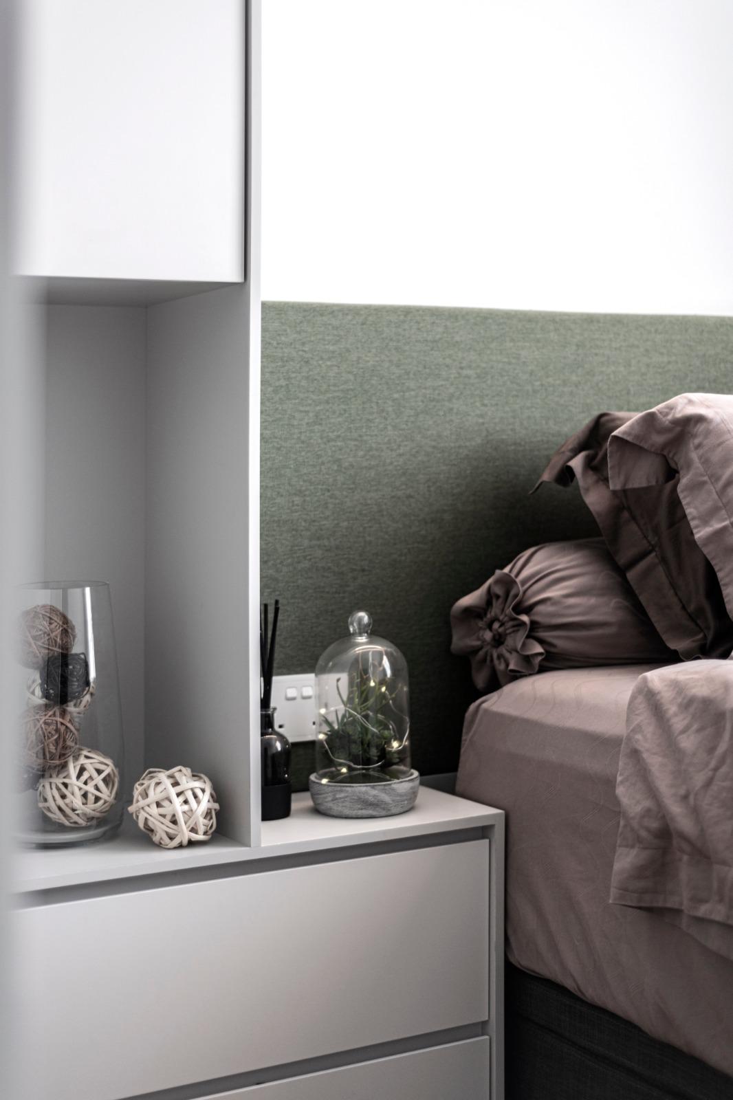 12 Bedroom Closeup