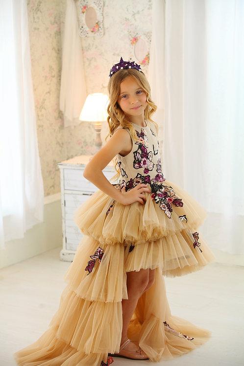 Era's dress