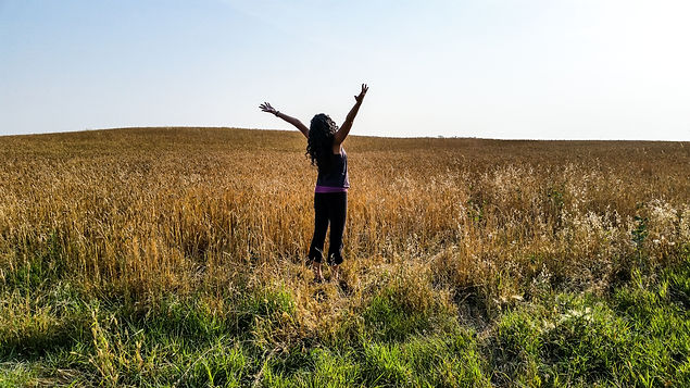 Prairie Wheat Michelle open arms 01.jpg