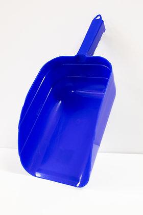 Plastic Feed Scoop, 5 Pint