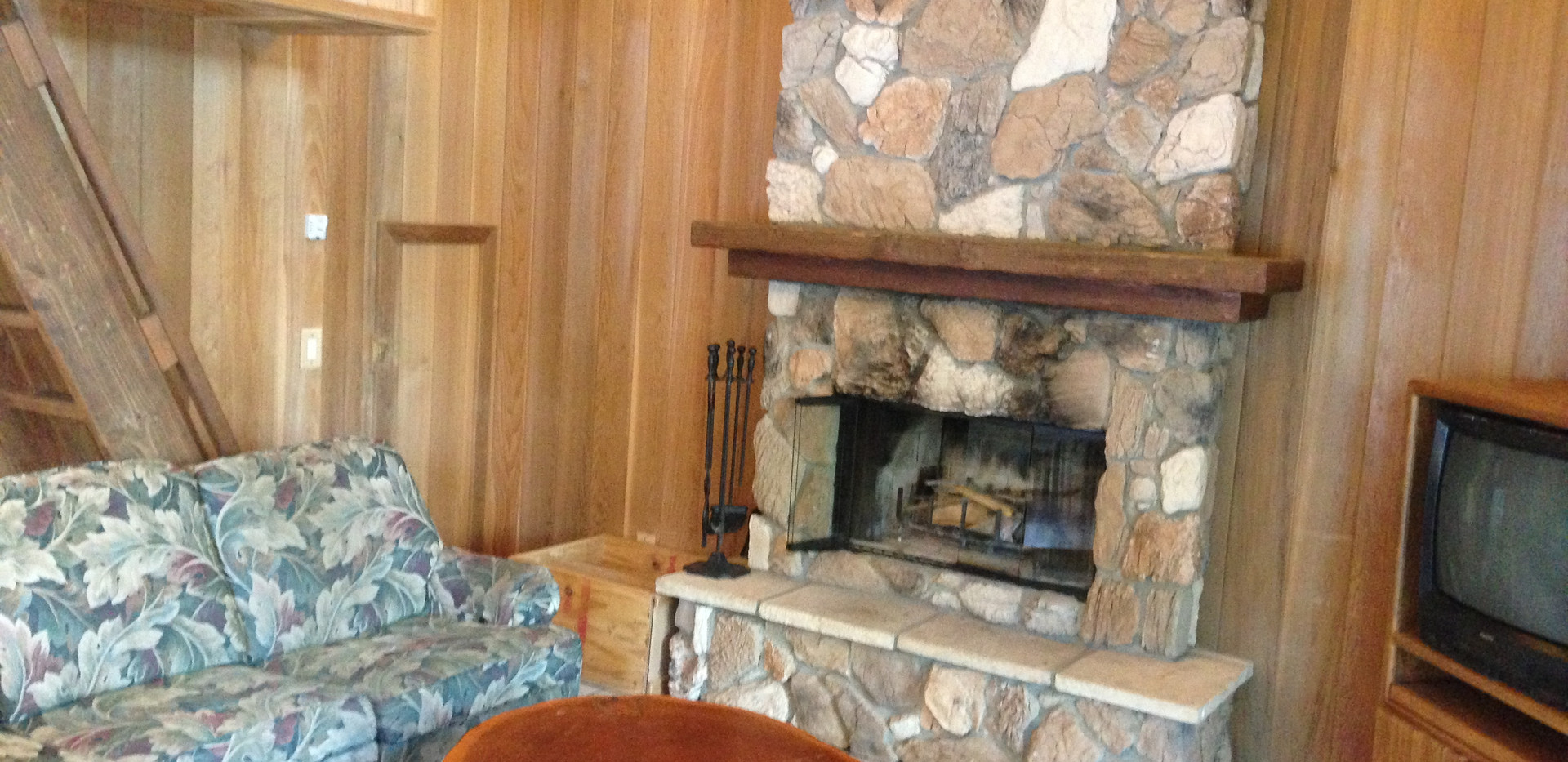 Fireplace in Hostetler.JPG