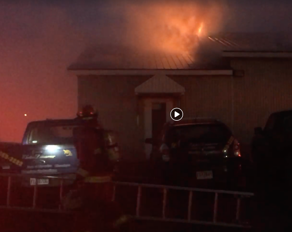 Voici une vidéo amateur que j'ai tournée le 19 septembre dernier durant l'incendie
