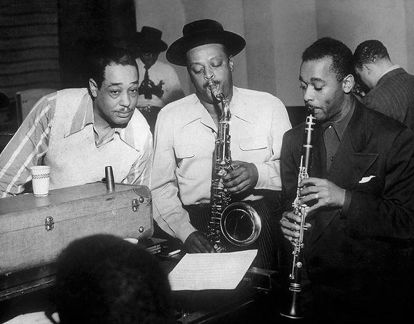 Duke-Ellington-with-Ben-Webster-and-Jimmy-Hamilton-at-Carnegie-Hall.jpg