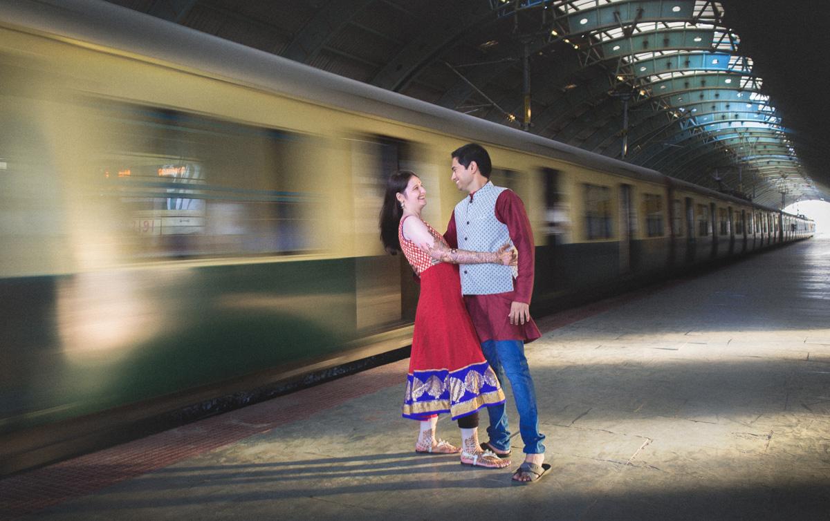 chennai local train couple photo