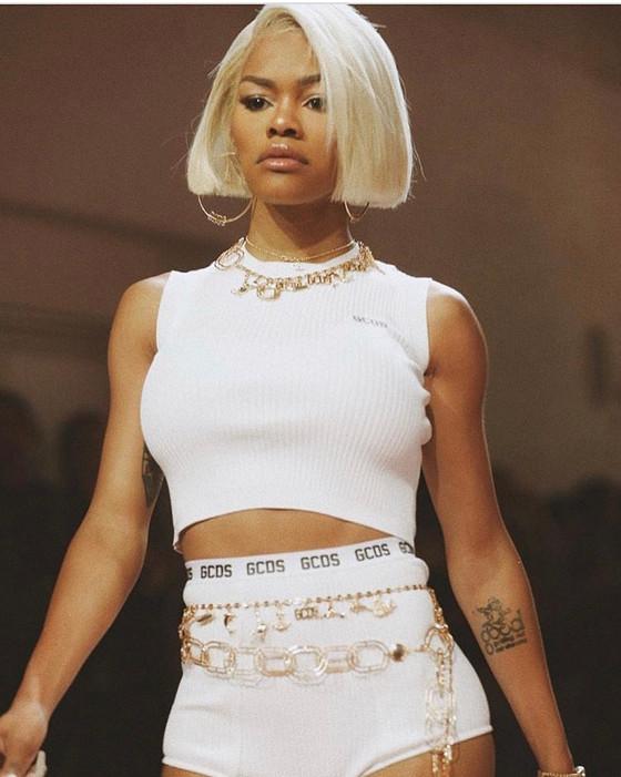 "Teyana Taylor kills New York Fashion Week ""17"" rocking GCDS and Philipp Plein💙"