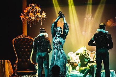 Best Dinner Shows In Dubai.Add To Your Meal the Best Dinner Show in Dubai