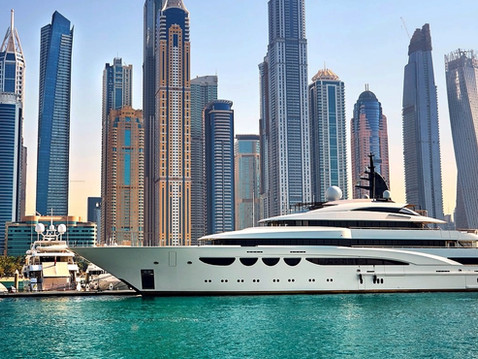 Dubai will be open for tourists soon! Social distancing vacations? Check luxury yacht rental