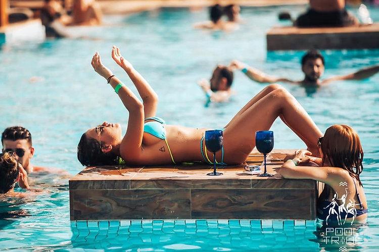 Azure Beach Club In Dubai, For Azure Beach Dubai Photos, Azure Beach Dubai Videos, Azure Beach Club Dubai information, Azure Beach Dubai Location, Azure Beach Dubai Table price visit www.clubbingdubai.com