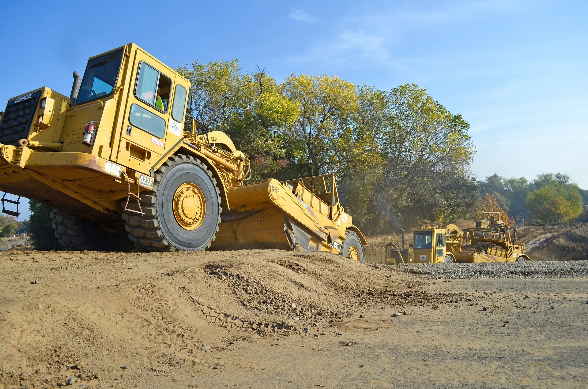 Caterpillar® Road Scrapping