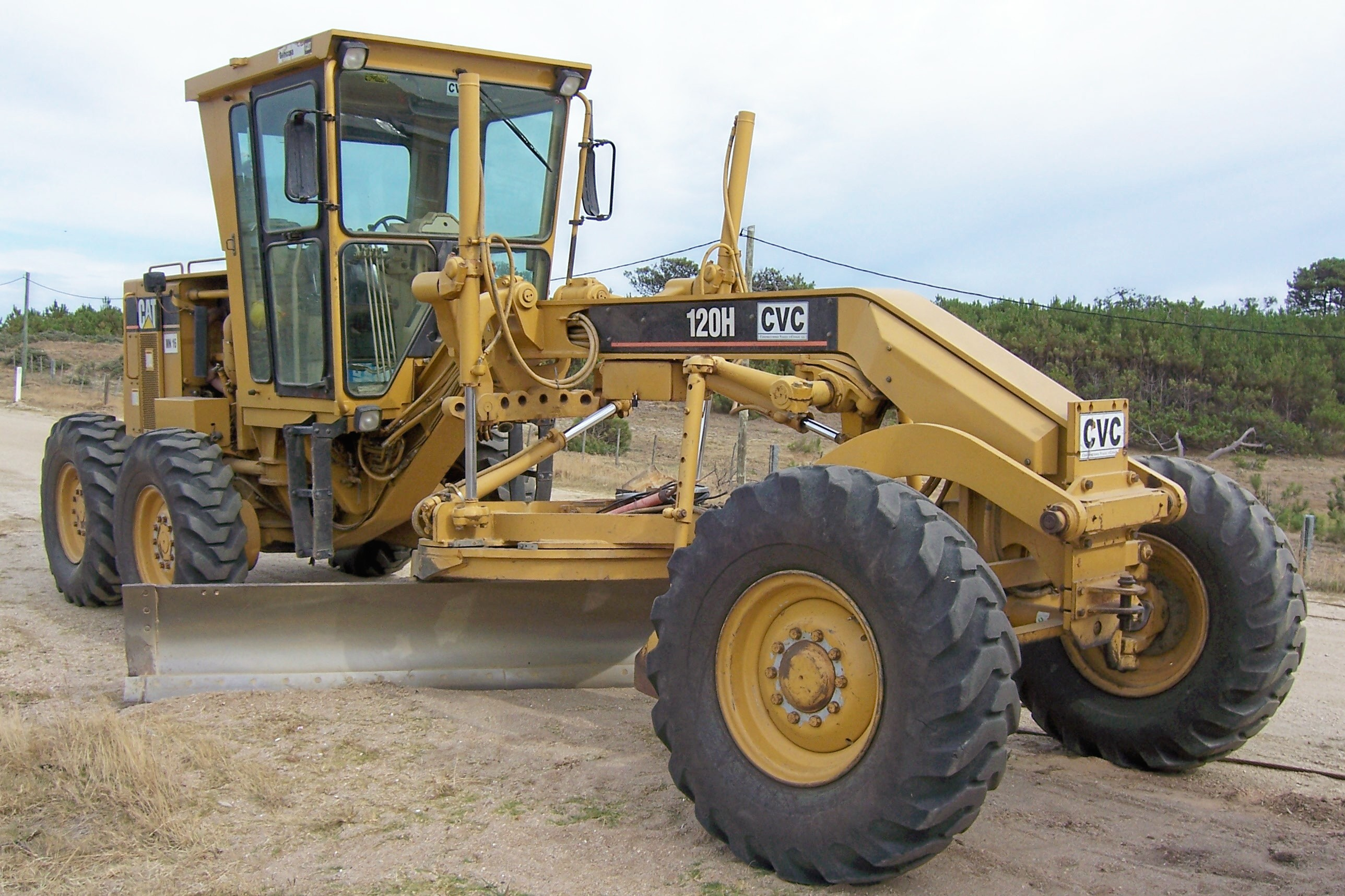 Caterpillar® Graders