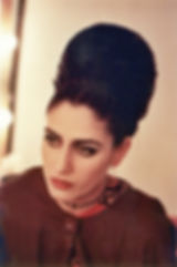 צילום: עדי קפלן, 1994. רונית אלקבץ על סט הצילומים של הסרט ״צלקת״, במאי: חיים בוזגלו, 1994